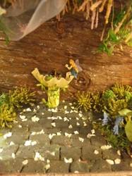 妖精と石.jpg